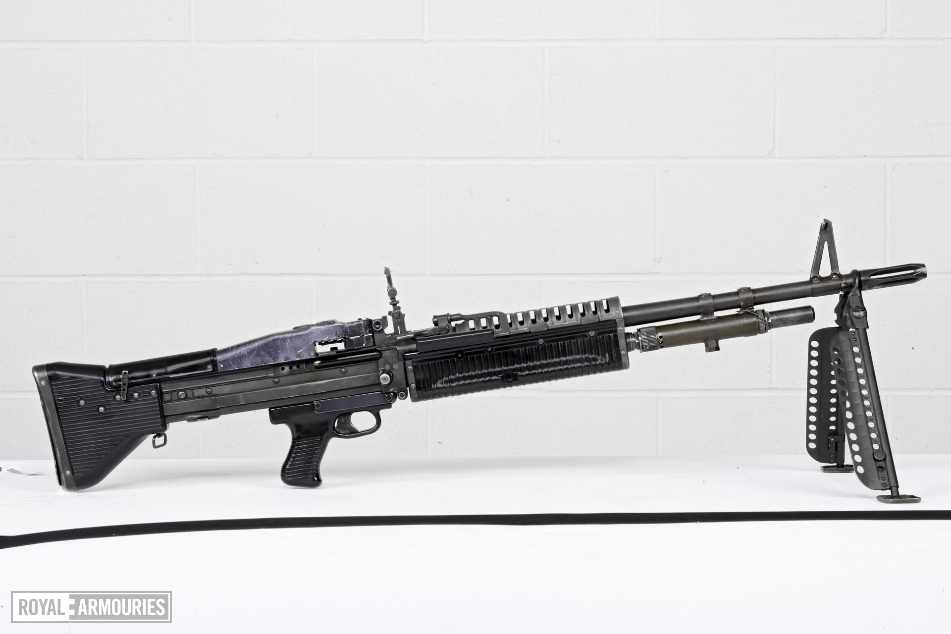 Centrefire automatic machine gun - M60