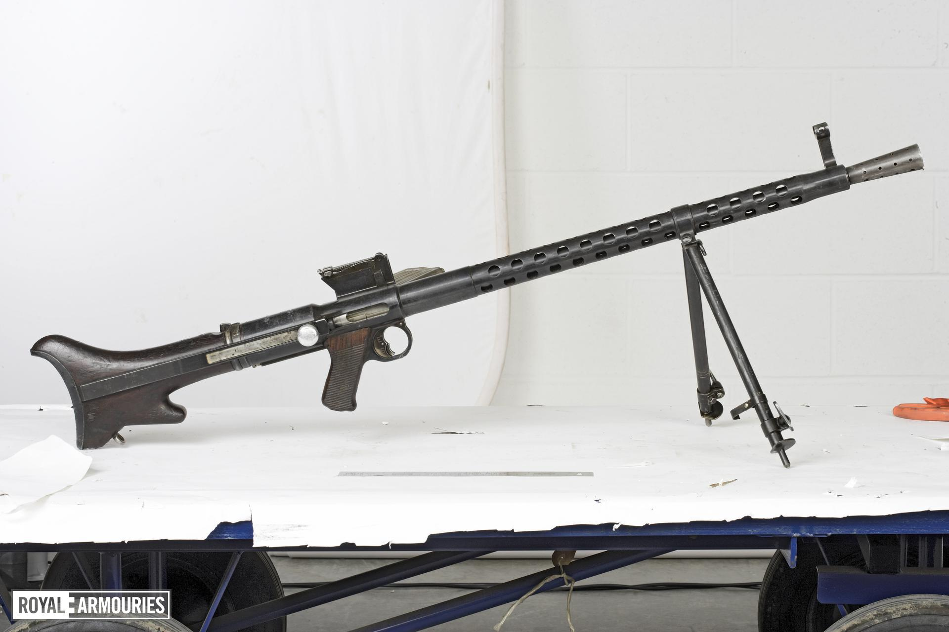 Centrefire automatic light machine gun - Solothurn Model 30S
