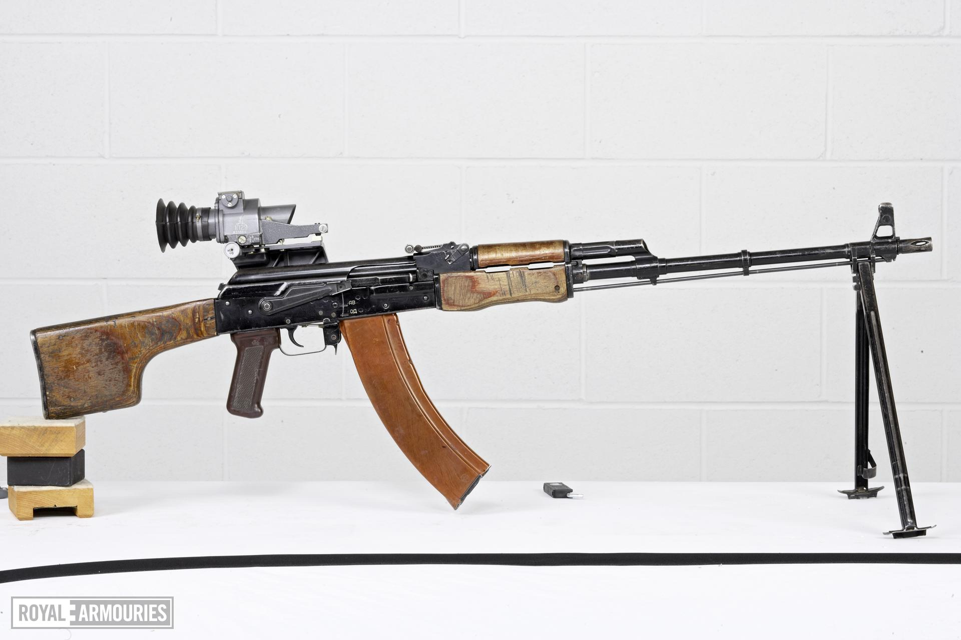 Centrefire automatic light machine gun - Kalashnikov RPK-74