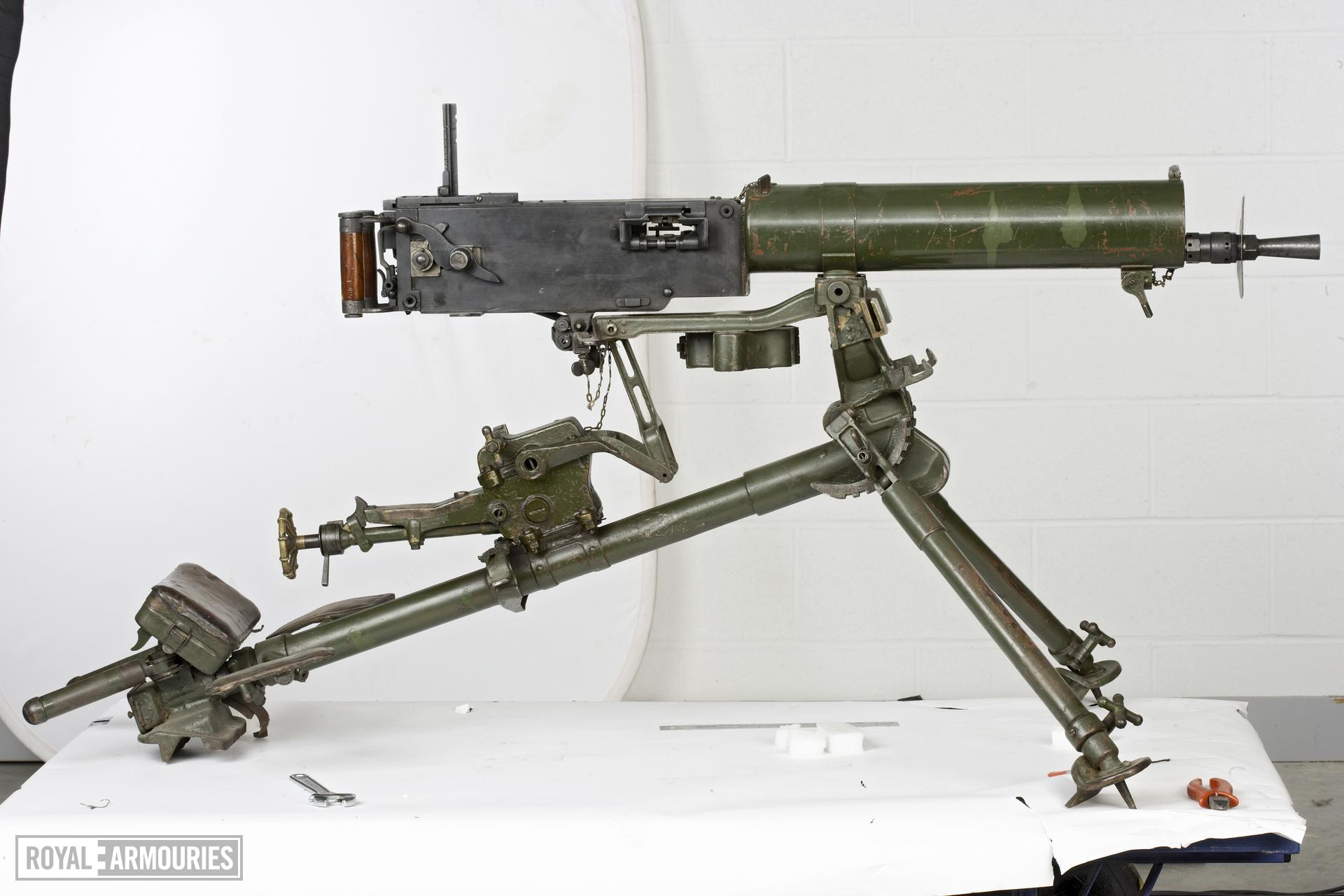 Centrefire automatic machine gun - Maxim Type 24