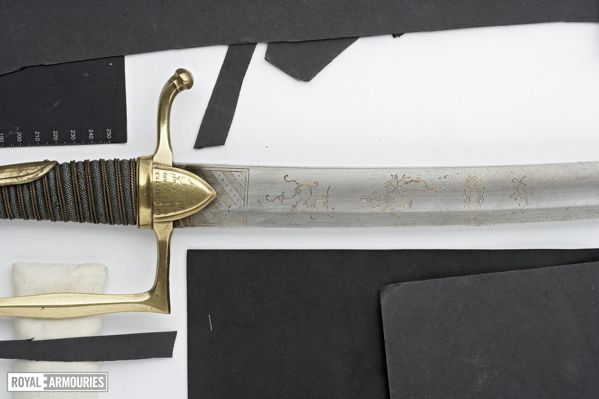 Hanger Sword of honour, Presentation hanger (Briquet de recompense).