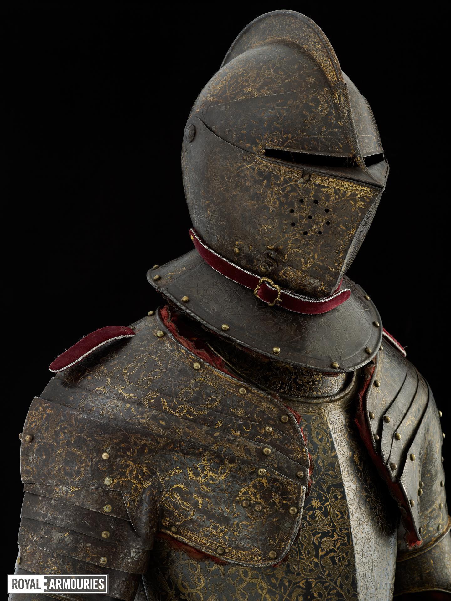 Three-quarter field armour