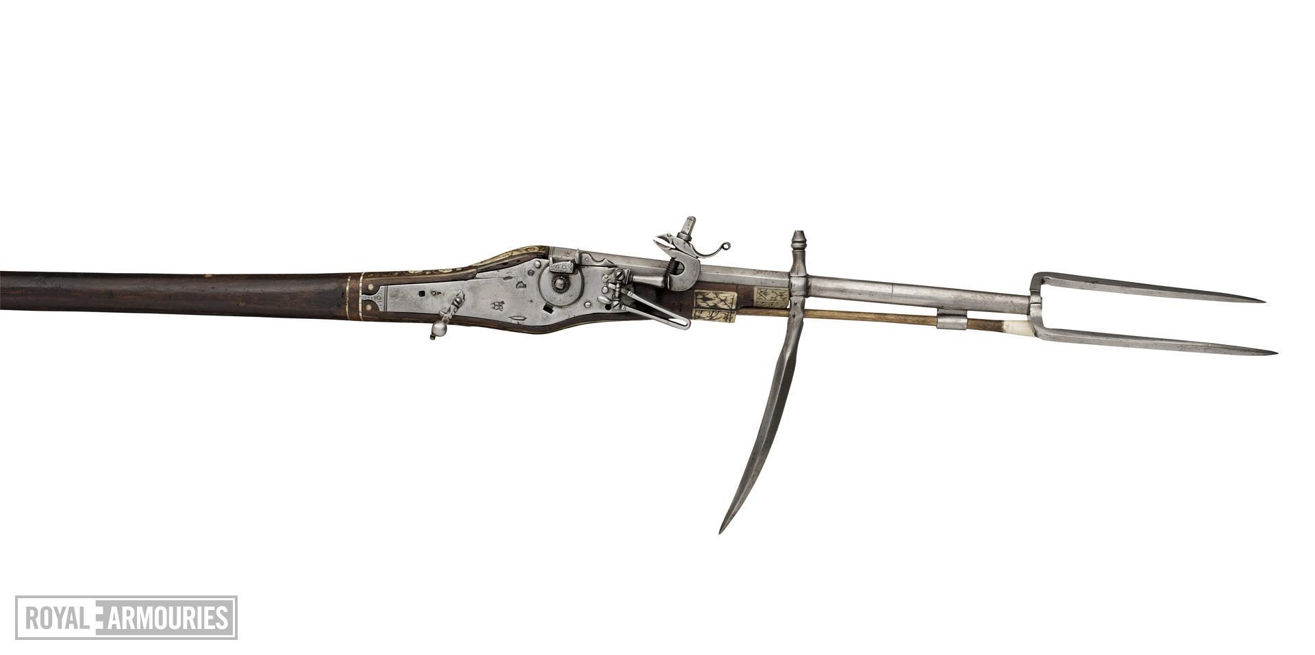 Wheellock combination war hammer and muzzle-loading pistol