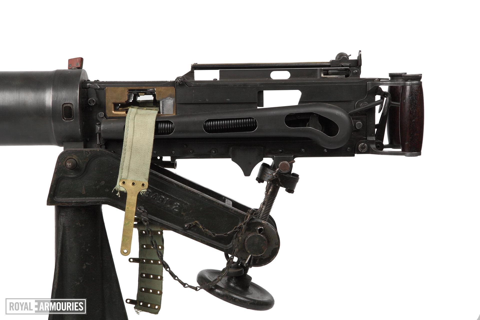 Vickers-Maxim machine gun, Mark I - Arms of the First World