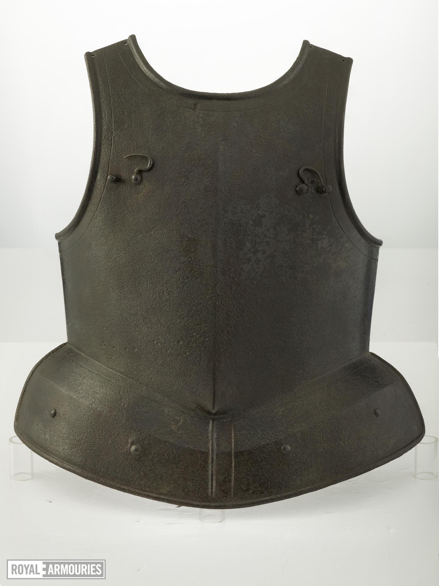 Pikeman's breastplate
