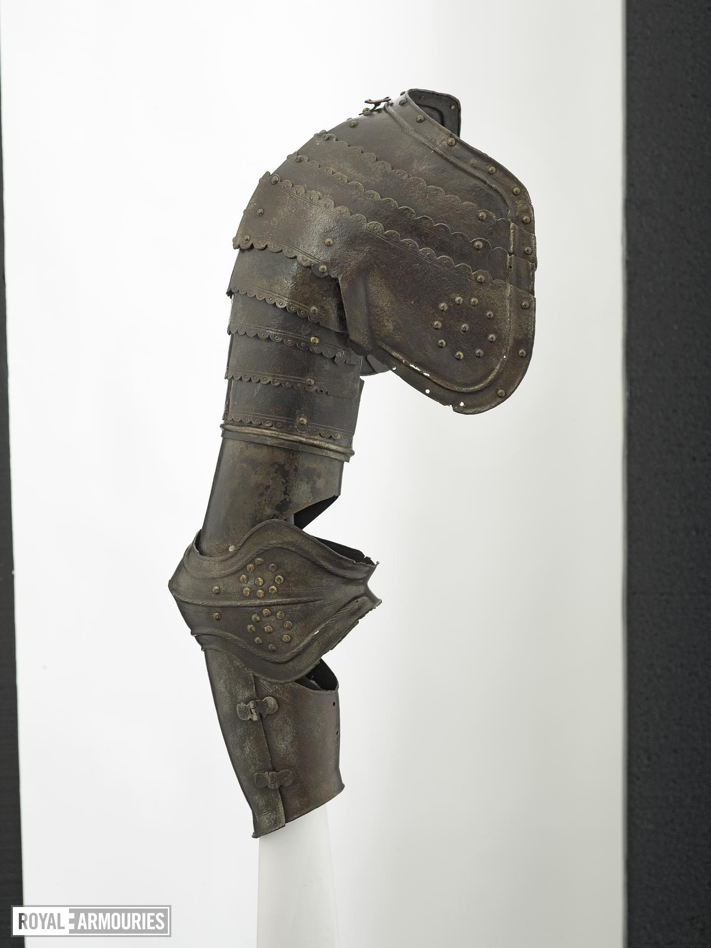 Right pauldron and vambrace Littlecote collection