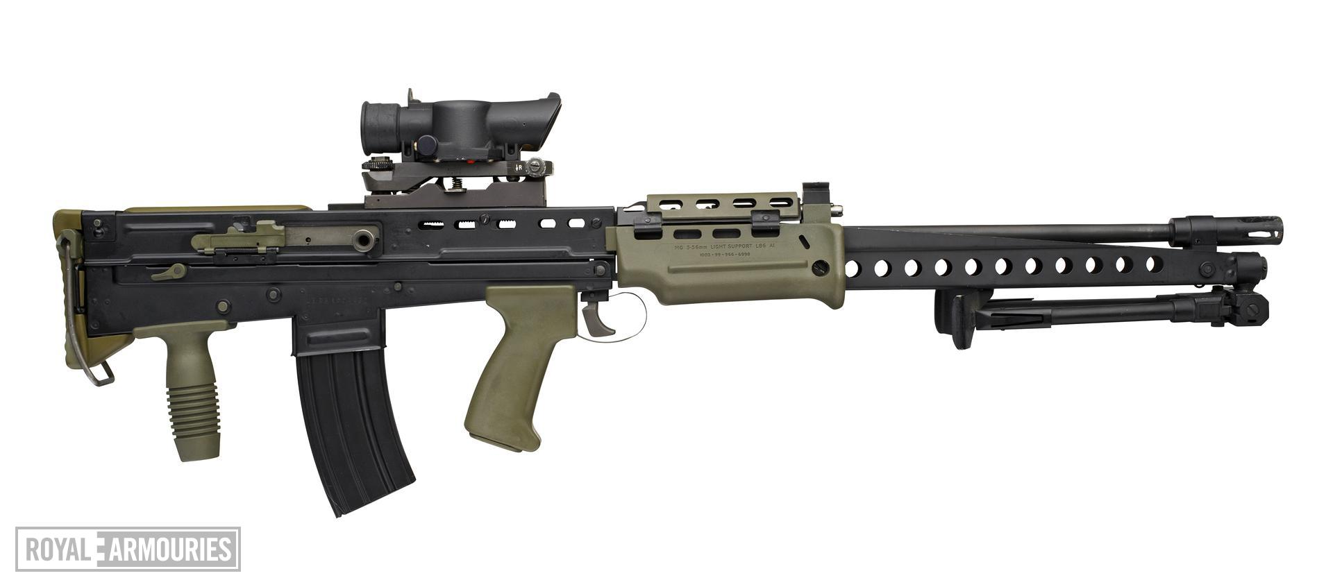 Centrefire automatic light machine gun - SA80 L86A1