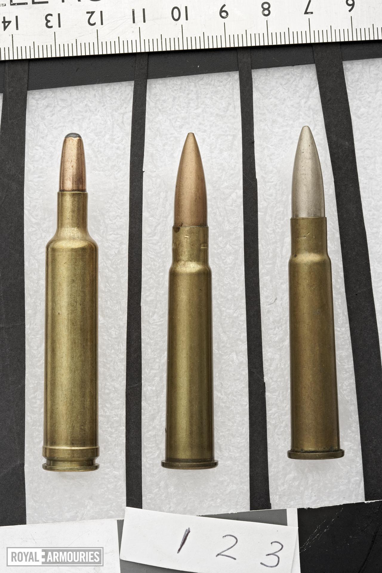 Centrefire rifle cartridge - 7.7 mm