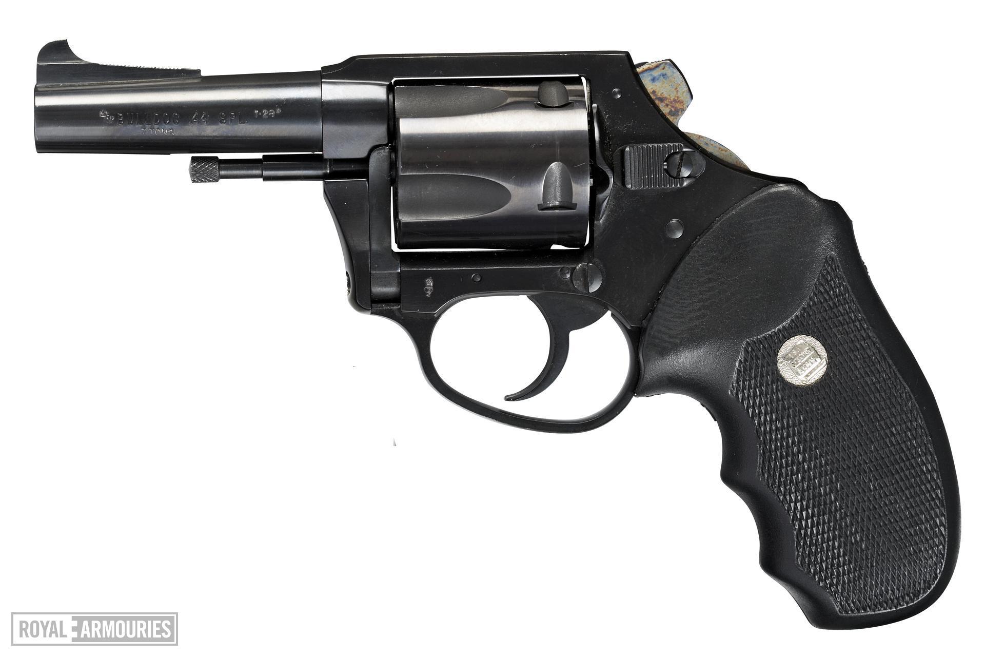 Centrefire five-shot revolver - Charter Arms Bulldog