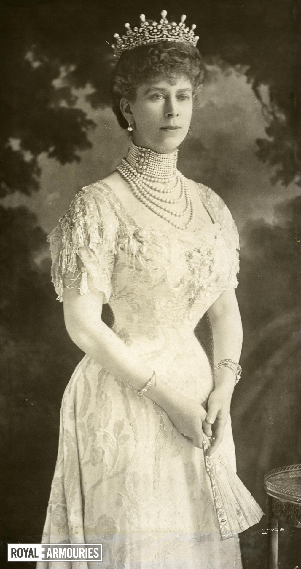Postcard Portrait of Queen Mary.