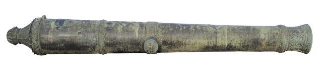 Thumbnail image of 6 pr gun Made of bronze