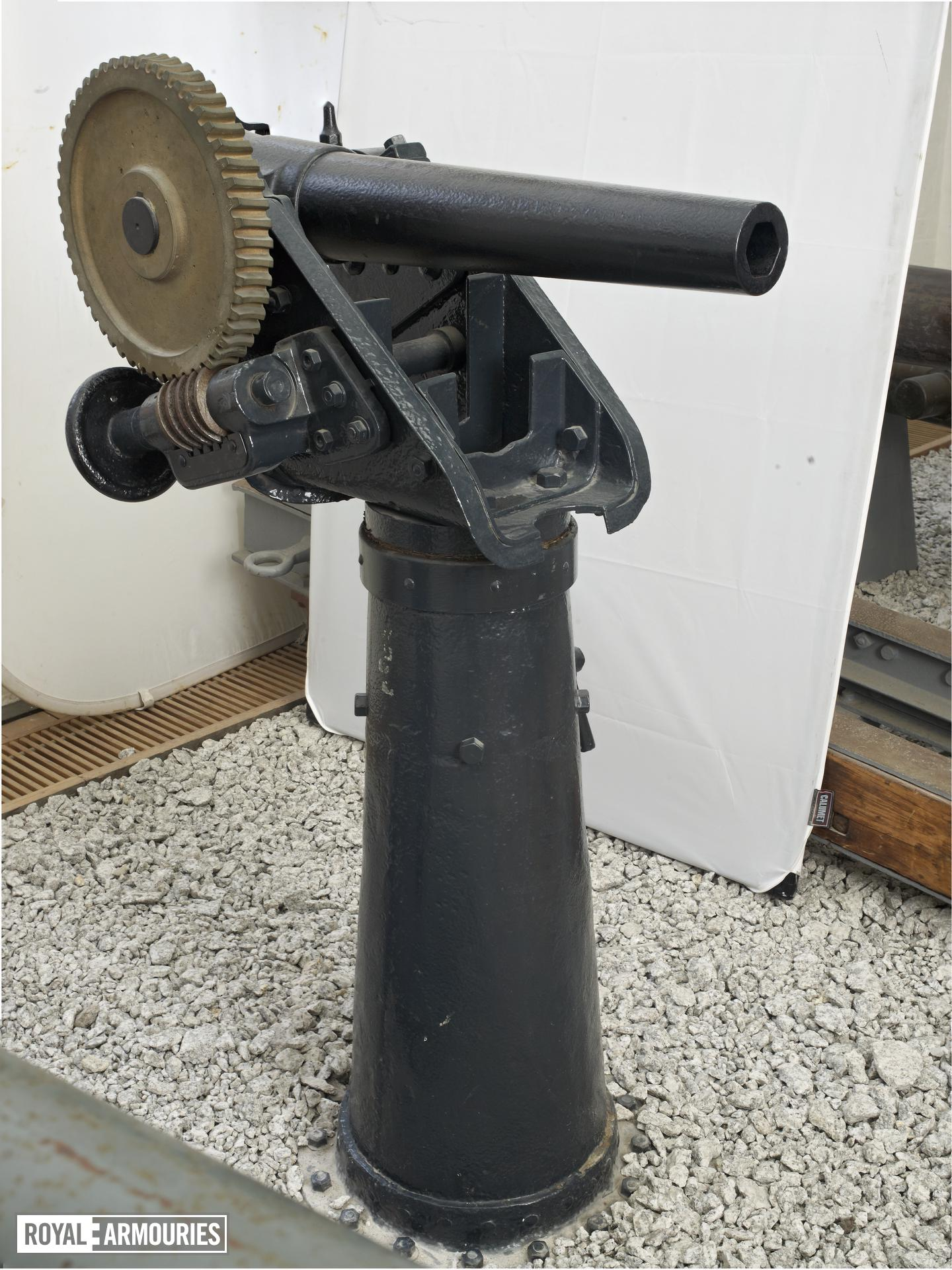 3 in boat gun and pedestal - Whitworth type