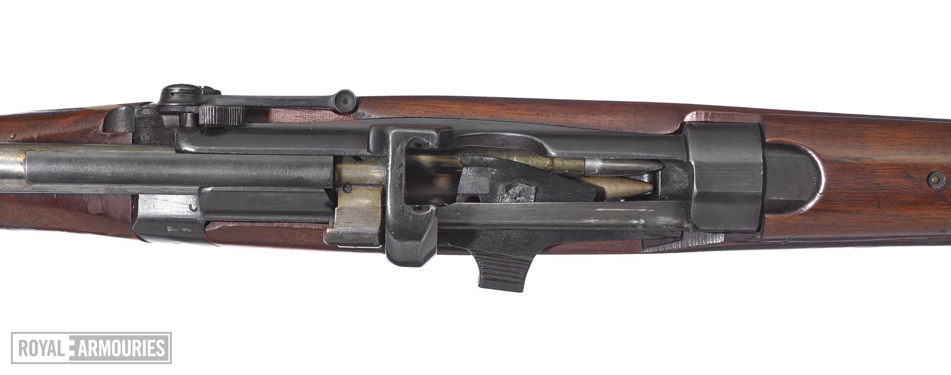 Small Magazine Lee Enfield Mk III centrefire bolt action rifle (SMLE Mk III), Enfield, Britain, about 1907