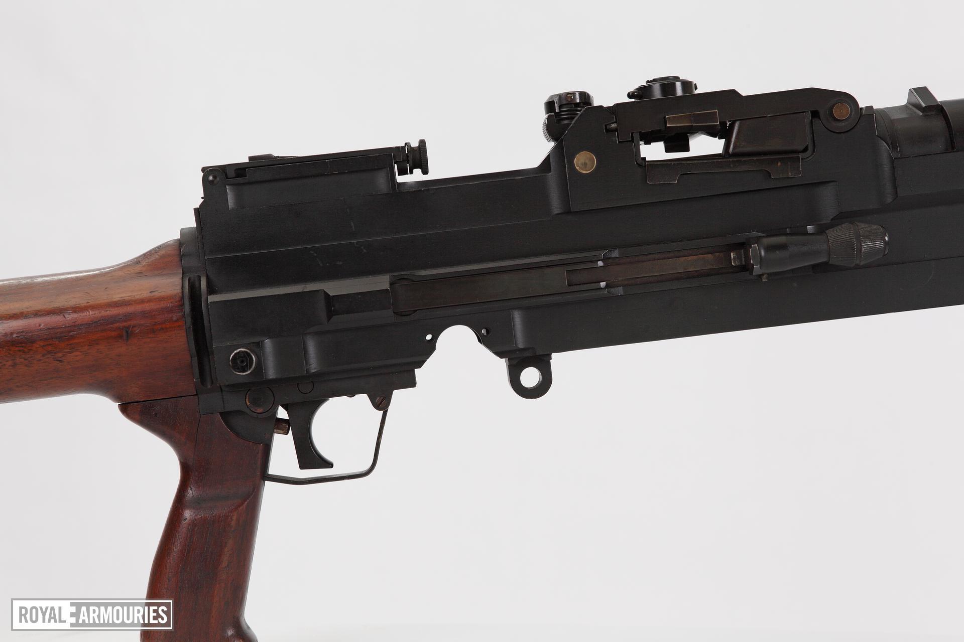 Experimental sustained fire machine gun prototype on bi pod mount, Turpin gun  X11 E2 (PR.7196)