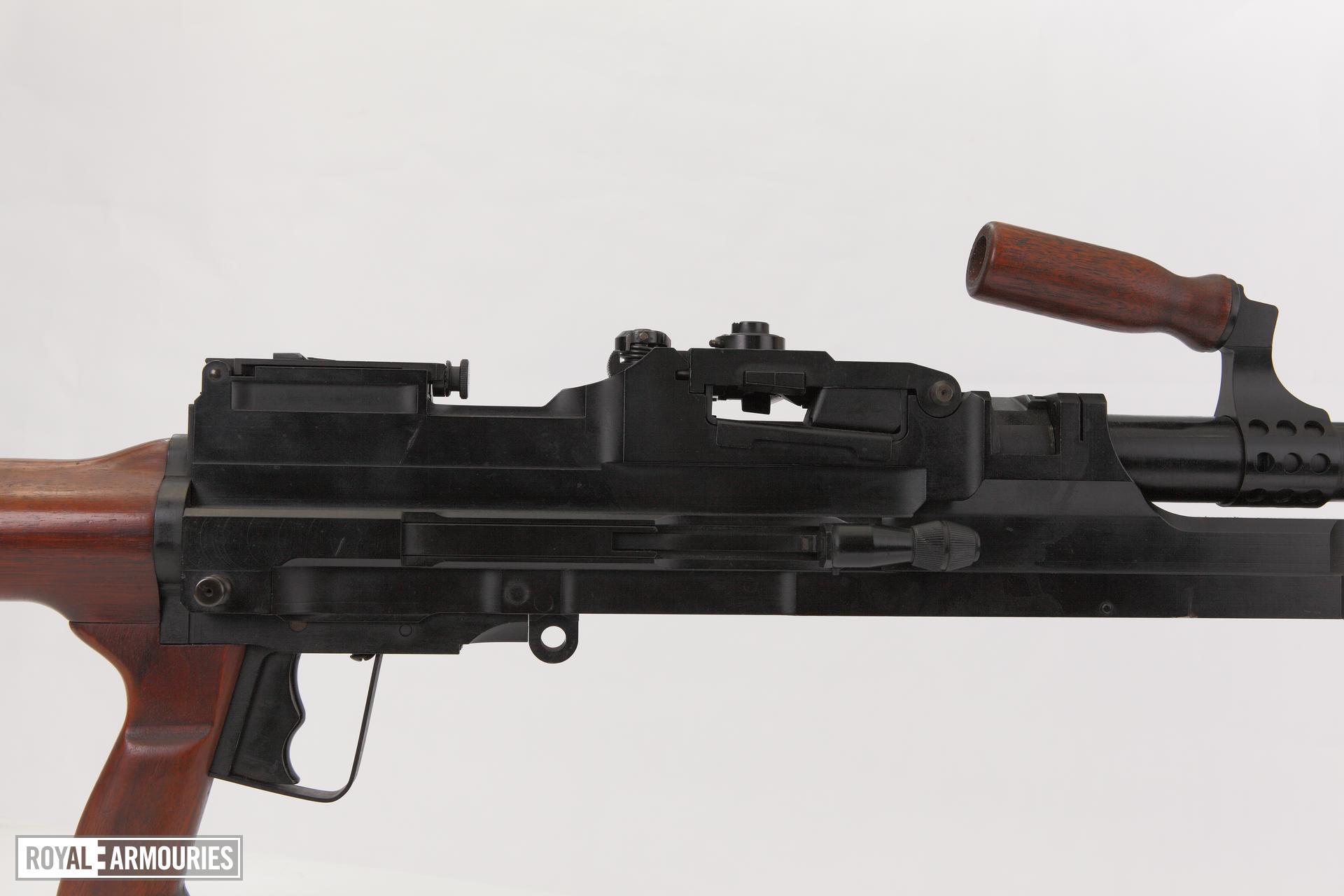 Experimental sustained fire machine gun prototype on bi pod mount, Turpin gun  X11 E4 (PR.7197)