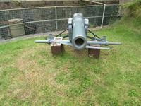 Thumbnail image of Gun on display at Fort Paull.