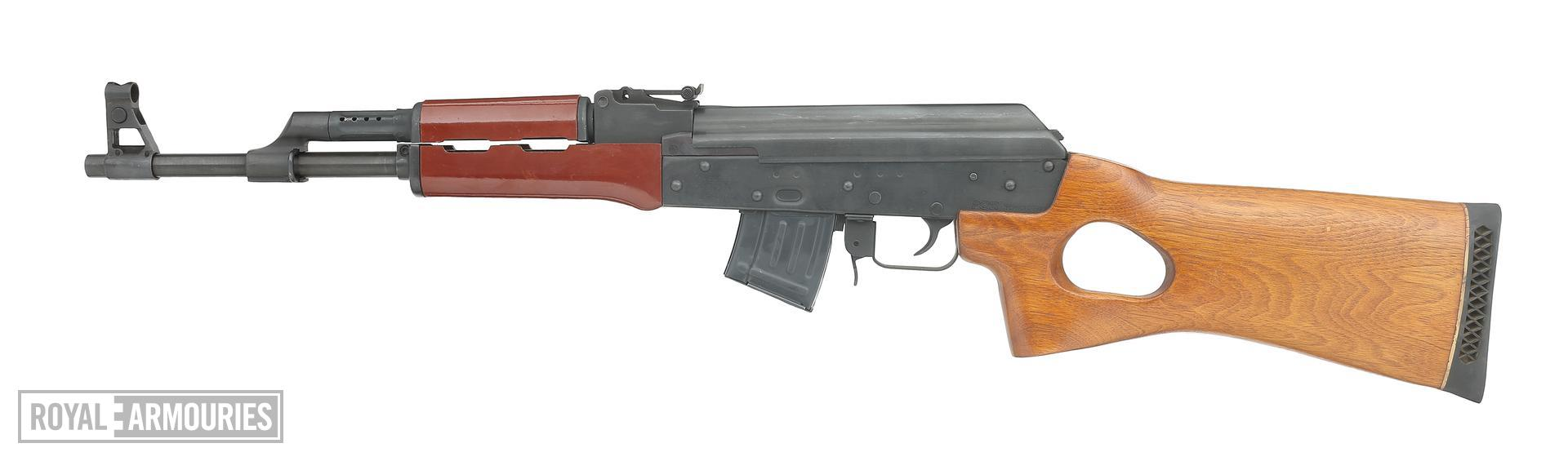 Centrefire self-loading rifle - Kalashnikov Model AKS-762